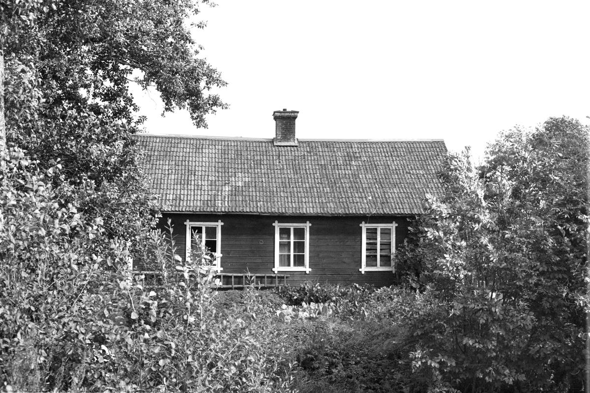 Drängstuga, Klivinge 7:1, Körlinge, Rasbokils socken, Uppland 1982
