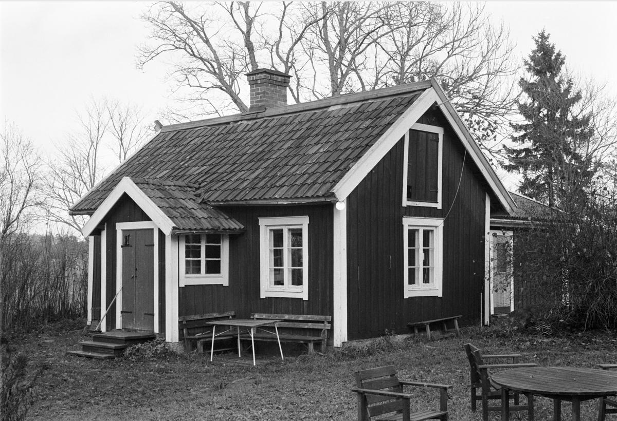 Bostadshus, Skogstibble 9:1, Skogs-Tibble socken, Uppland 1985