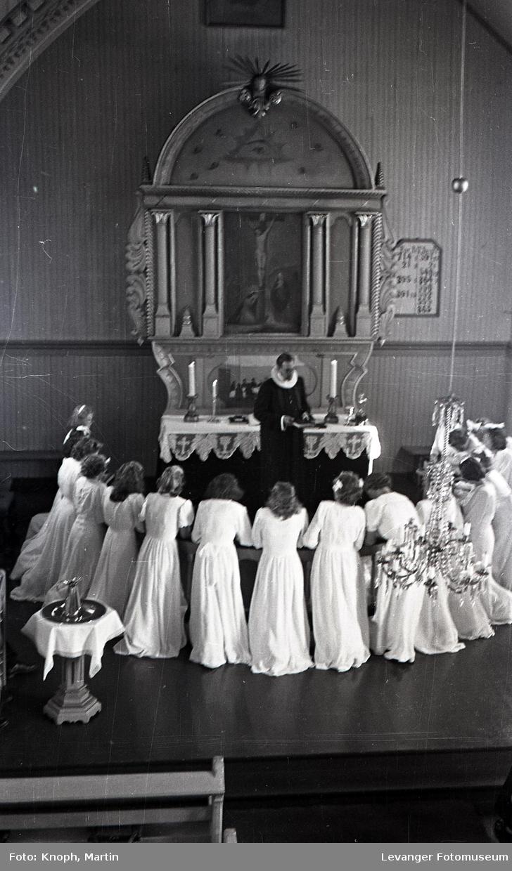 Konfirmasjon i Vestvik kirke.