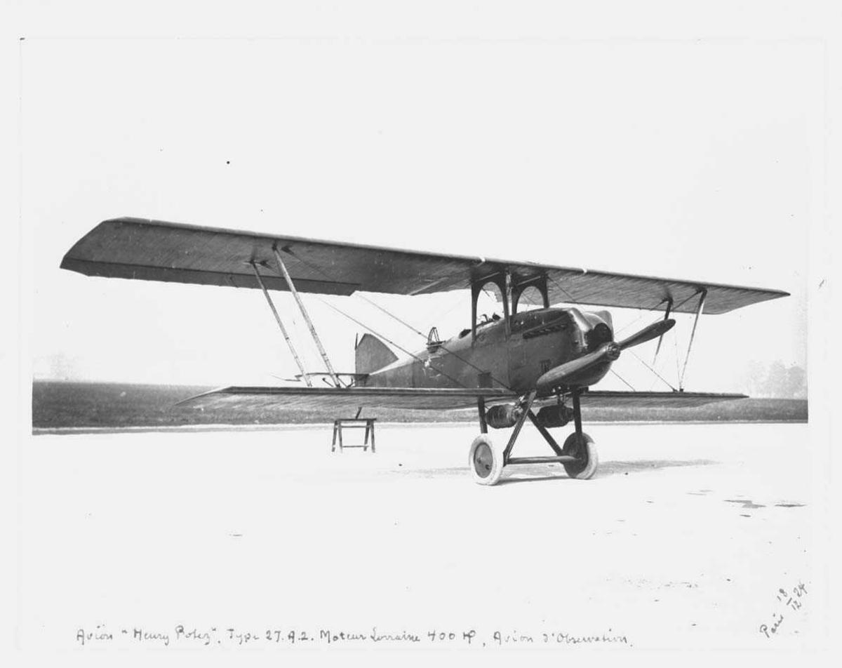 Ett fly på bakken, Potez 27 A2