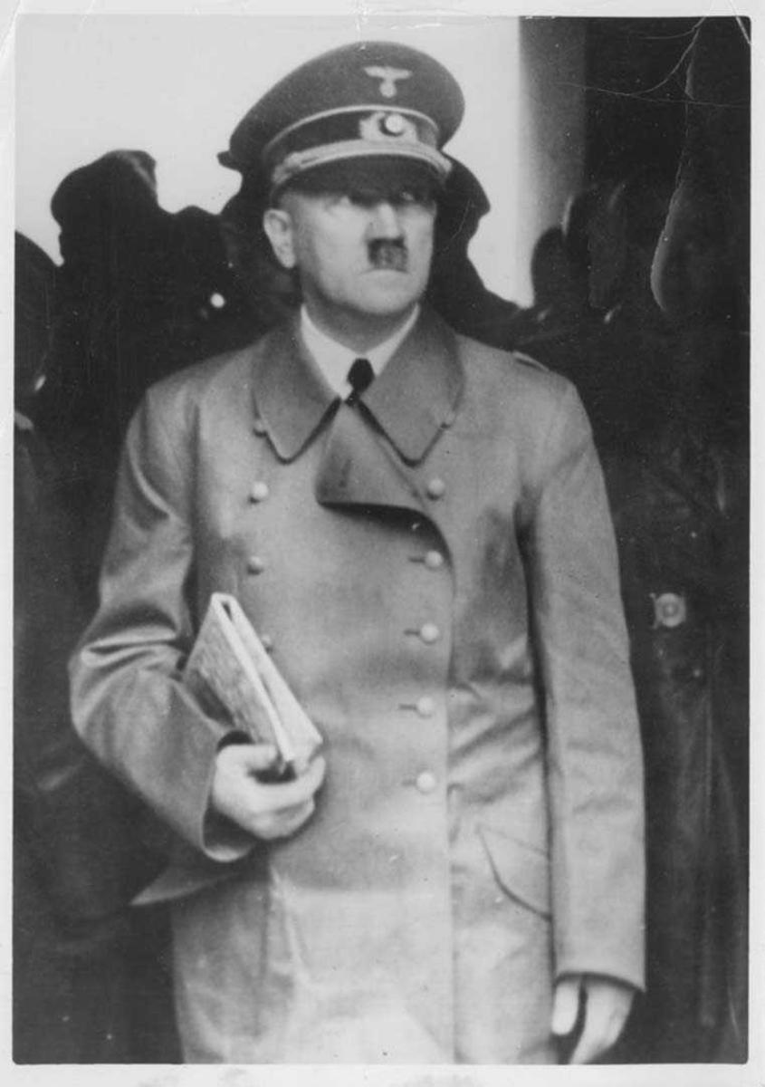 Portrett. Adolf Hitler, Reichskansler