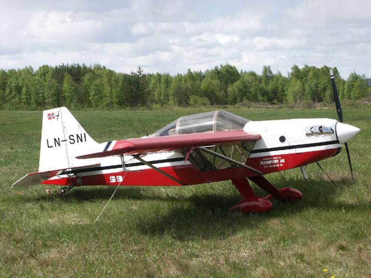 Ett fly på bakken, Rans S-9 Chaos, LN-SNI