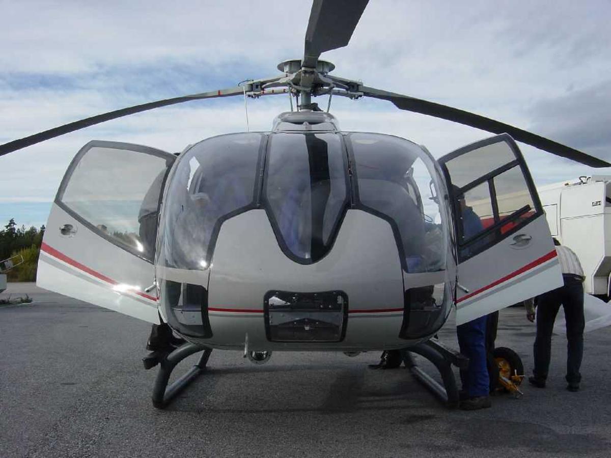 Ett helikopter på bakken.