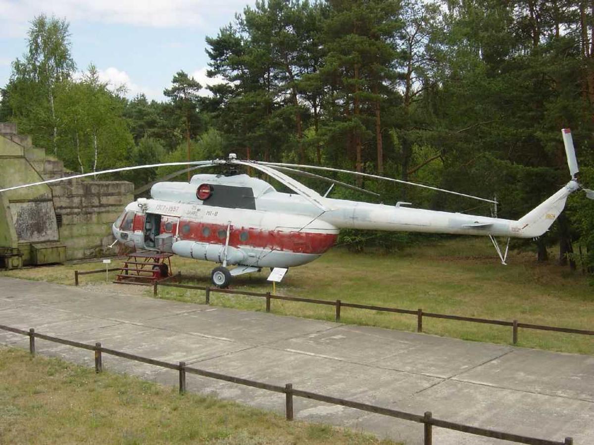 Ett helikopter på bakken. MI-8