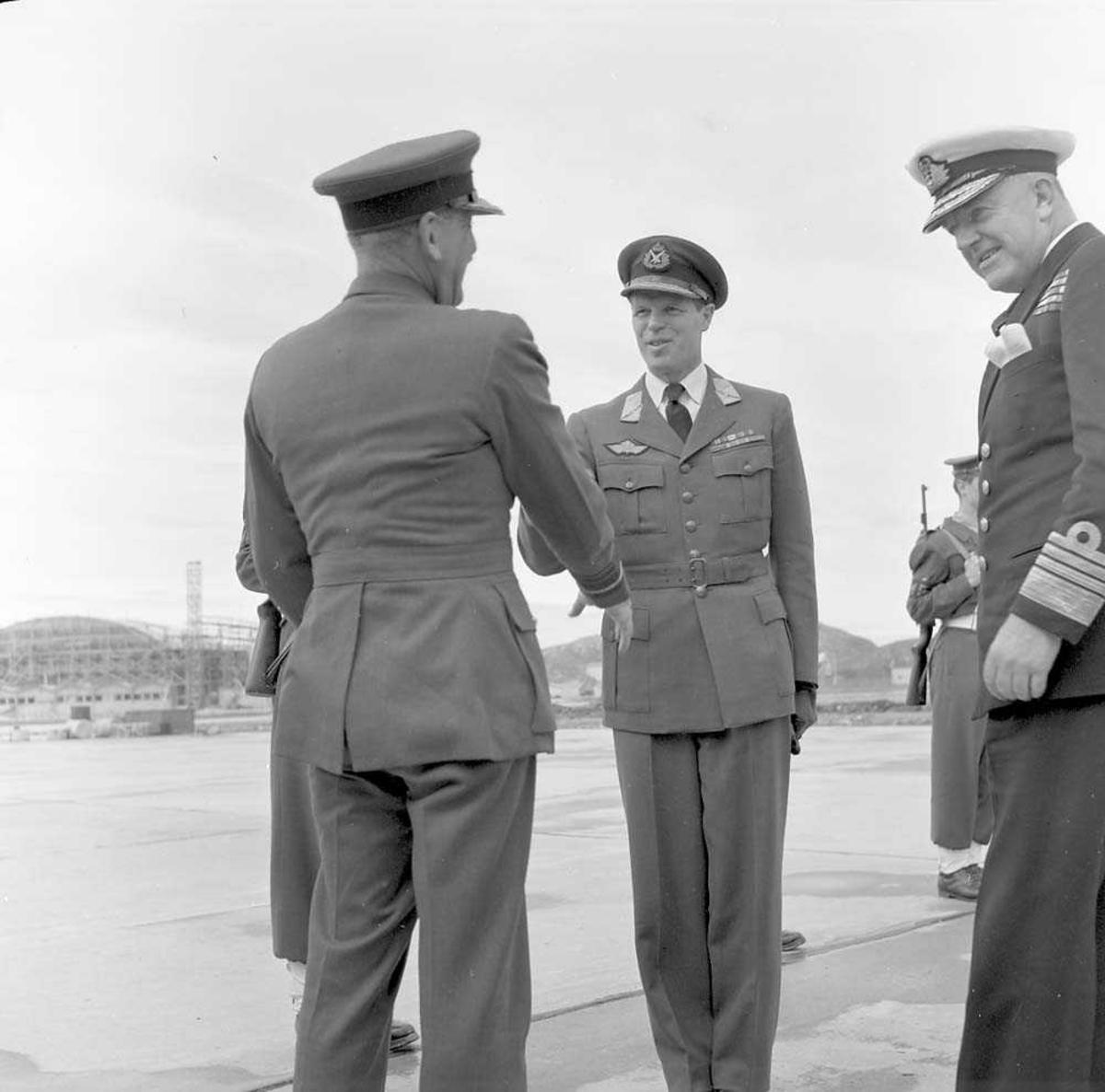 Engelsk Admiral besøker Bodø.