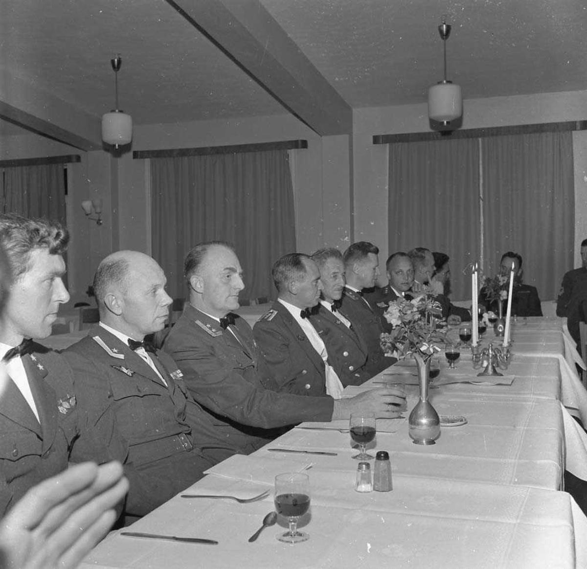 Luftforsvarets mesterskap i pistolskyting foregikk på pistolbanen i Bodin leir. Etter skytingen og medaljeutdelingen er det festmiddag i Messe II på Bodø flystasjon.