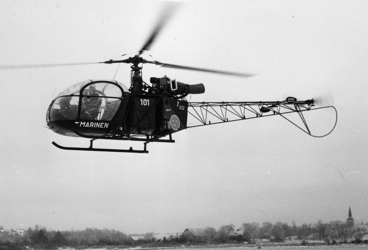 Övrigt: Marinens helikopter nr 101