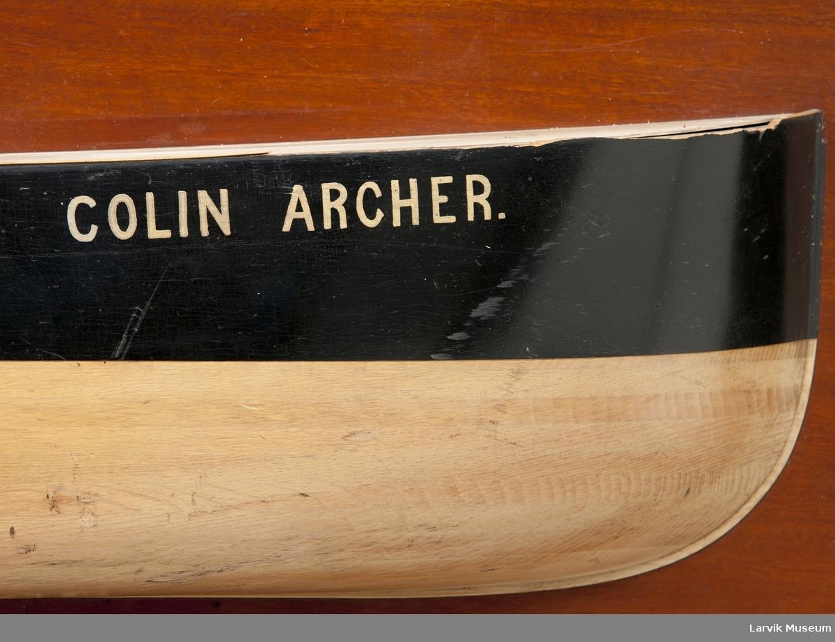 "Halvmodell av d/s ""Colin Archer"""