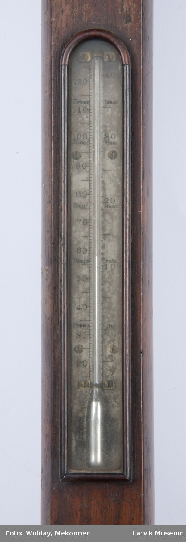 Barometer i trekabinett