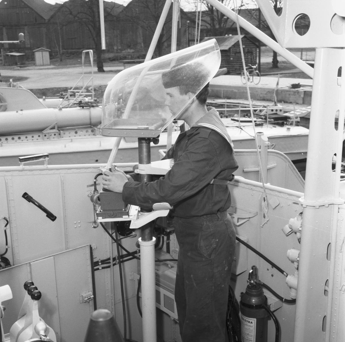 Fartyg: T 47                            Rederi: Kungliga Flottan, Marinen Byggår: 1958 Varv: Kockums Övrigt: Riktstativ och raketställ.