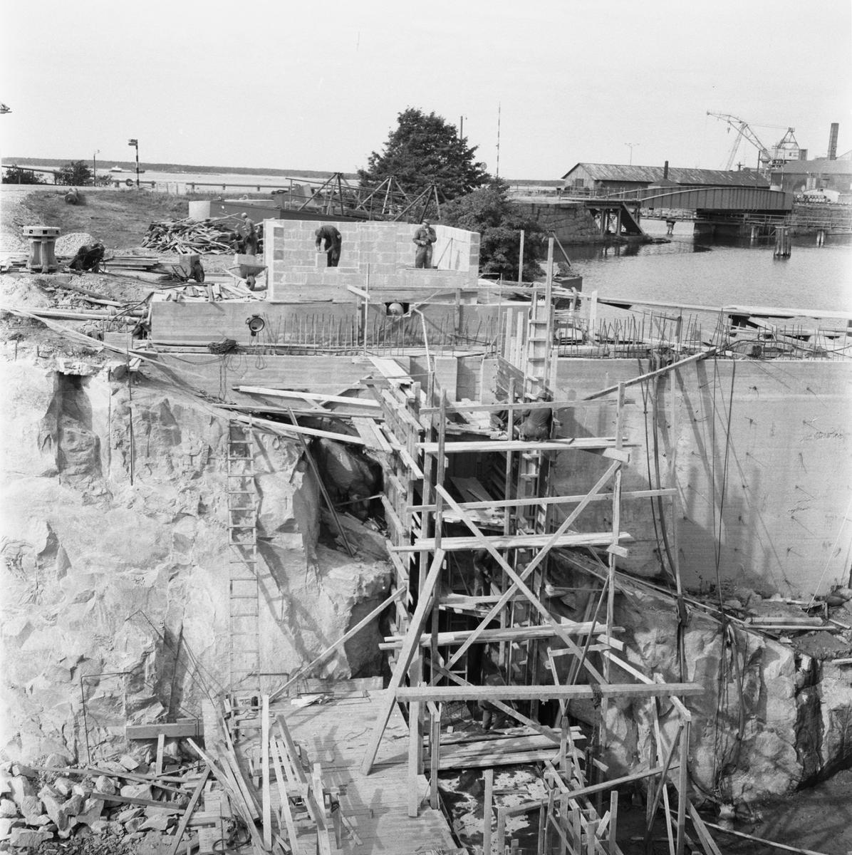 Övrigt: Fotodatum:18/9 1959 Byggnader och Kranar. Polhemsdockan omb
