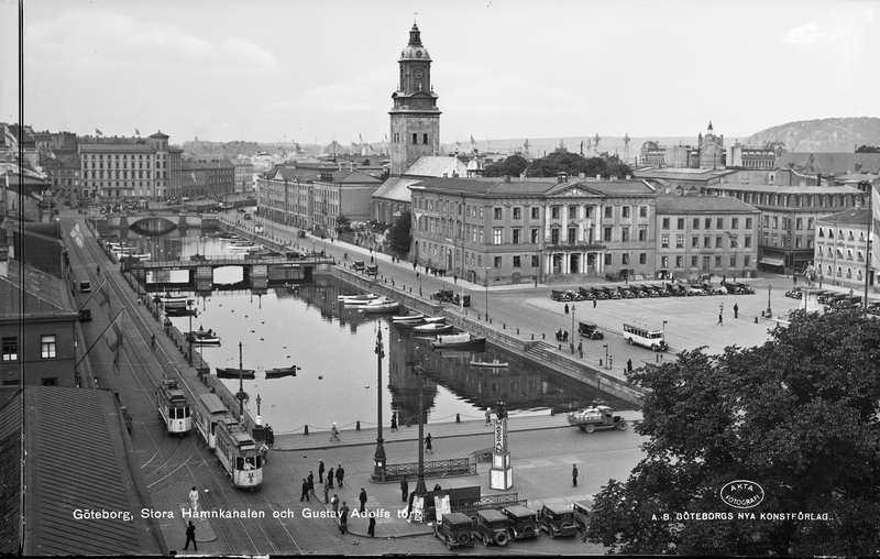 Stora hamnkanalen och Gustav Adolfs torg.