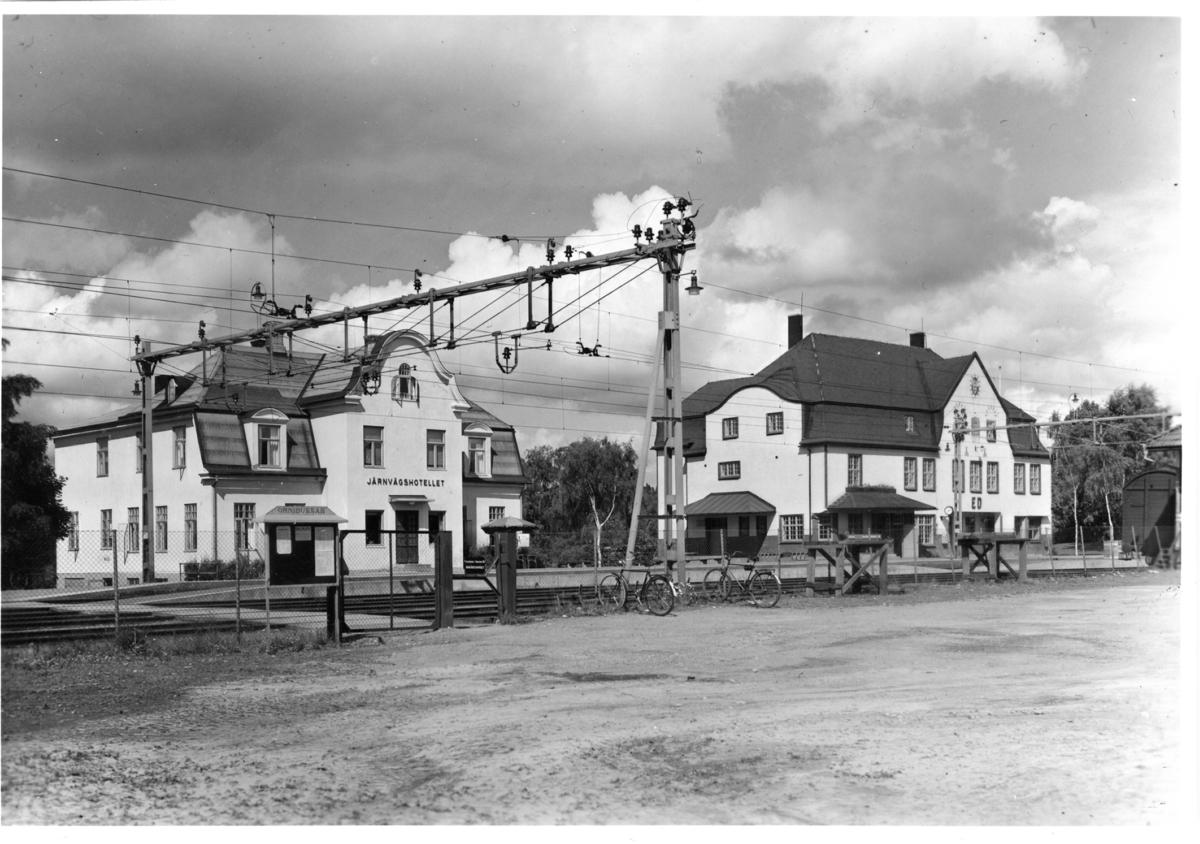 Järnvägshotellet och stationen  Dals Ed