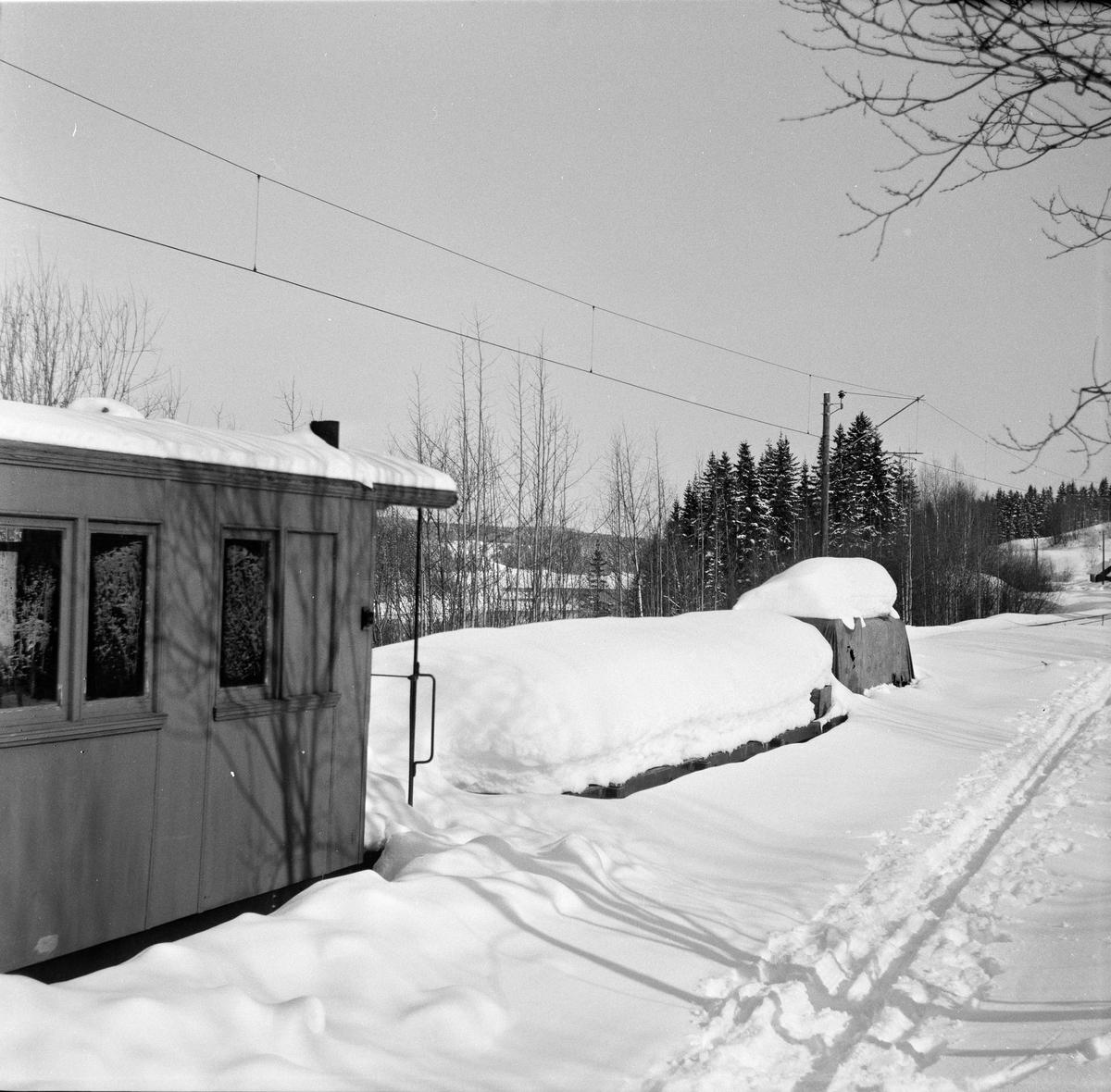 Urskog-Hølandsbanens materiell på Bingsfoss stasjon.