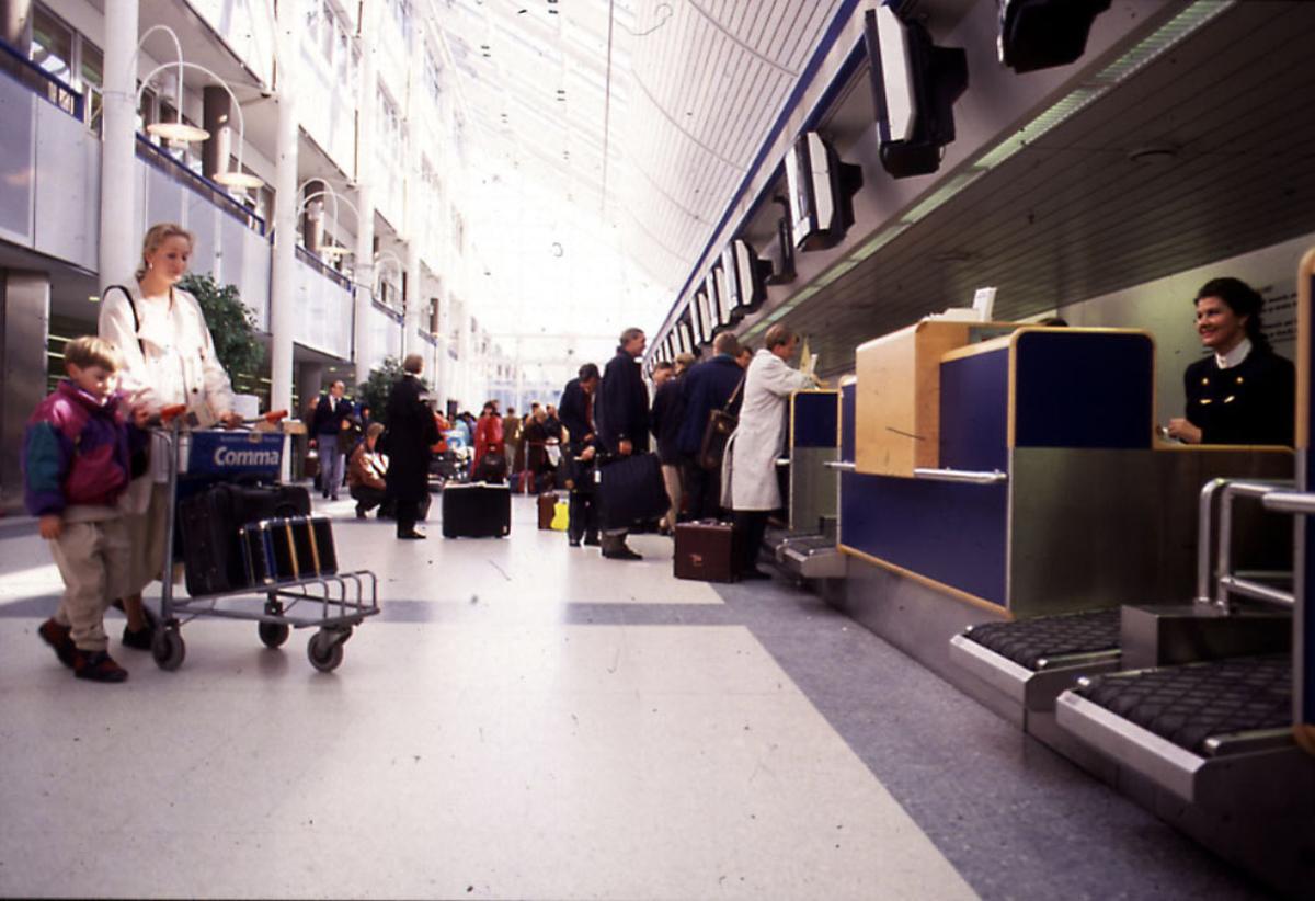 Lufthavn, innsjekkingingsskranker.