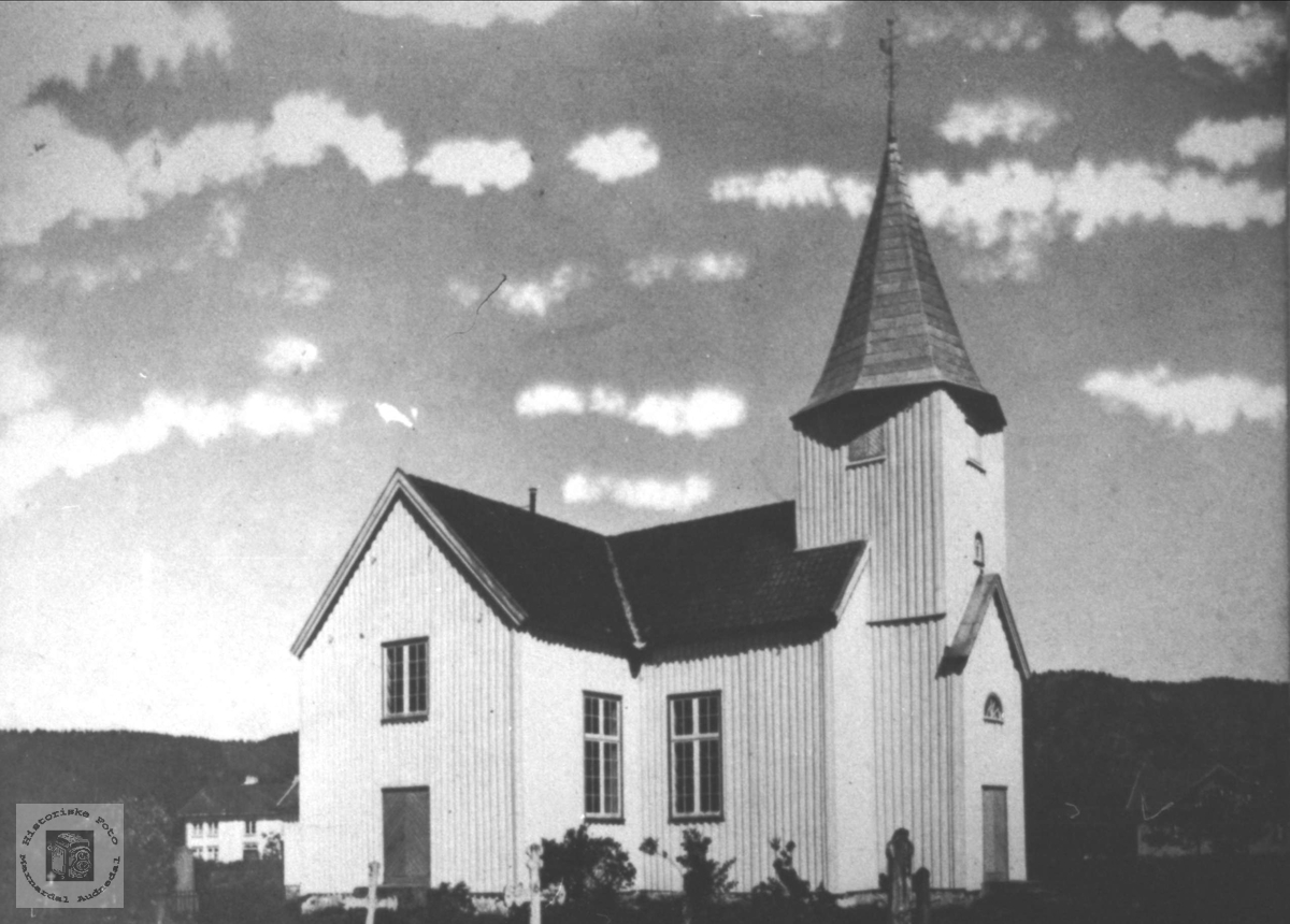 Øyslebø kirke.