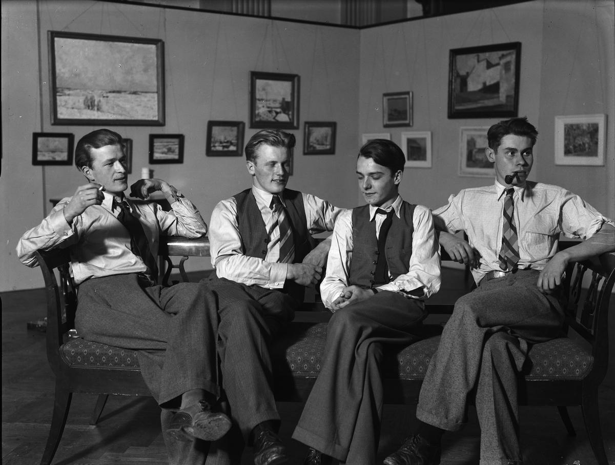 Fyra unga konstnärer på konstutställning, Uppsala 1937