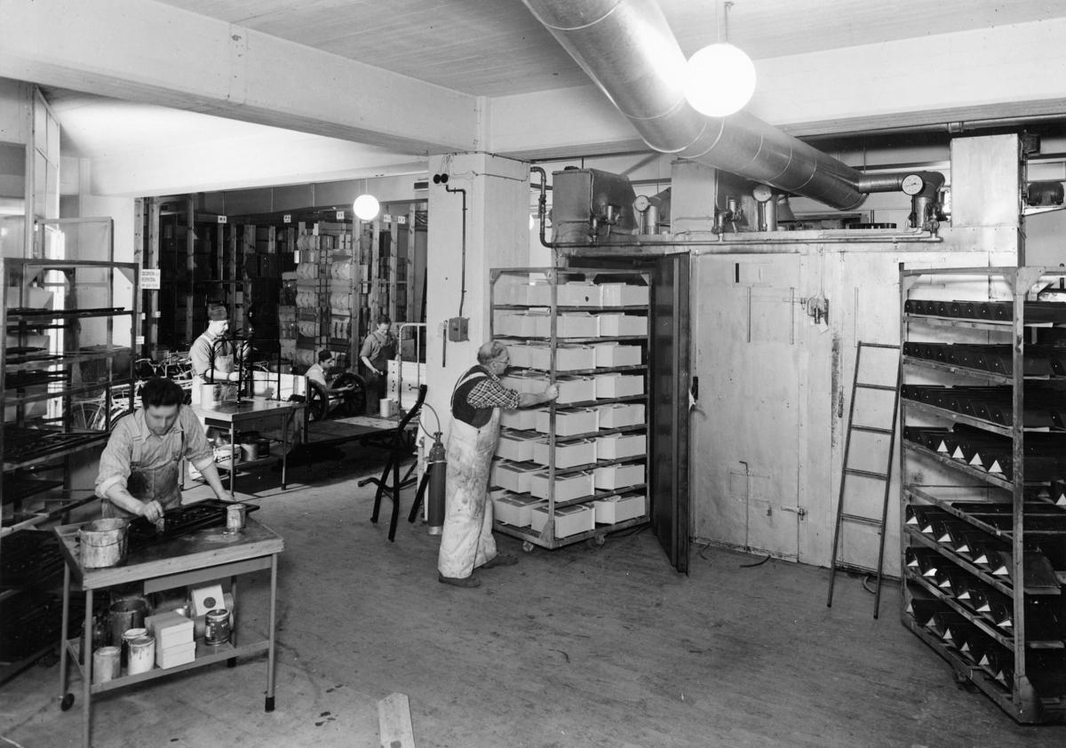 Postverkets verkstad,  Ranhammarsvägen 16, Ulvsunda. 1947.  Målareverkstaden.