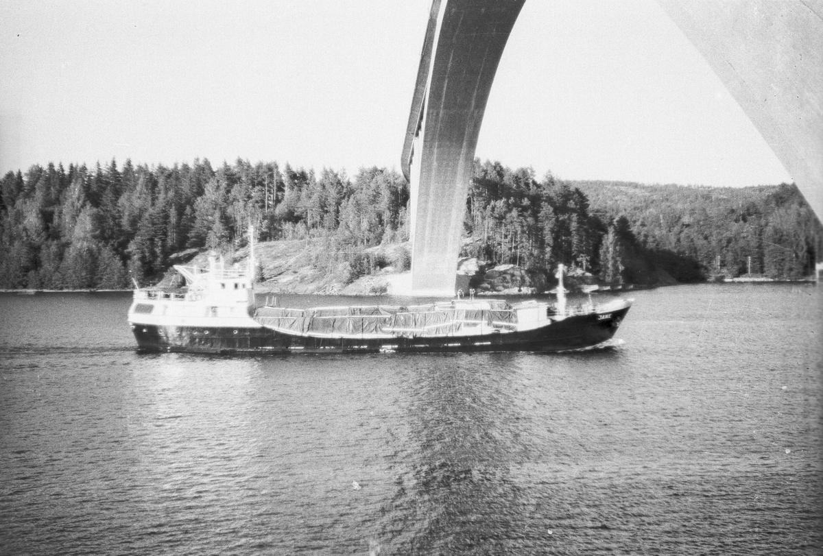 Fartyg: JANE                            Övrigt: Närmast identiska bilder:Fo186178-34AF,Fo186178-35,Fo186179-37AF,ej inskannade
