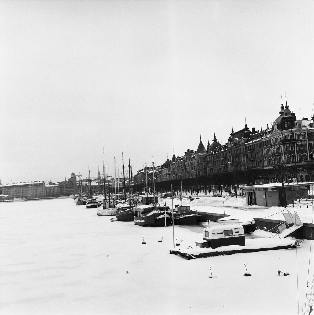 """Övrigt: Segelfartyg vid Strandvägen """"Fototillfälle 850218"""""""