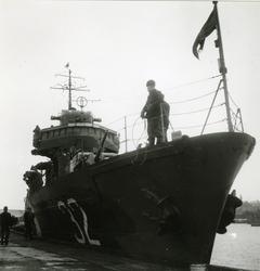 Jagaren Mjölner i Visby.