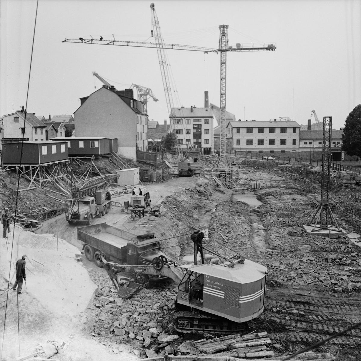 Övrigt: Foto datum: 13/7 1965 Byggnader och kranar Kvarteret Pollux