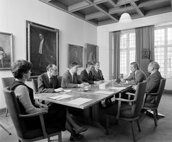 Aschehoug forlag, interiør, møterom, menn, kvinne