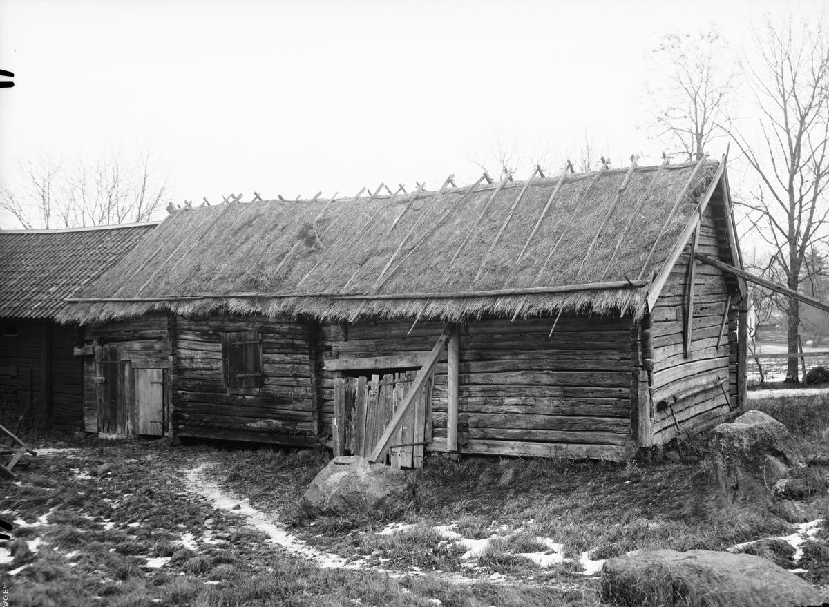 Ekonomibyggnad, Kvekgården, Fröslunda socken, Uppland 1933