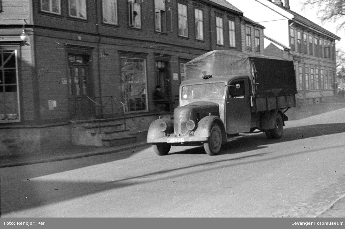 Tyske soldater og kjøretøyer, lastebil av typen Phänomen Granit 30.