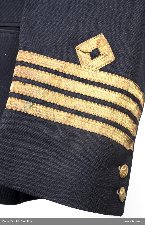 Uniformsjakke, kaptein, 4 gullstriper, dobbeltspent