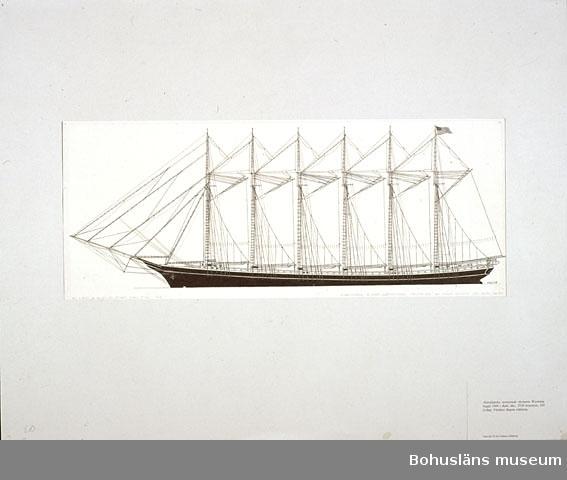 Montering/ram: Passepartout av tunn grå kartong; 55 x 66 cm, Amerikanska sexmastade skonaren Wyoming, byggd 1909 i Bath, Me., 3730 bruttoton, 330 fot lång. Världens längsta träfartyg.