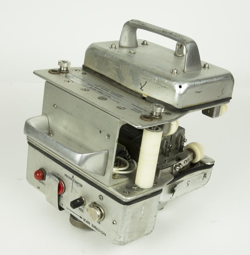 Inspektionsset, Scanner assembly, som troligen tillsammans med sammhörande nummer kan utgöra inställning av Hellikopters rotorblad. Medföljer Hörselkåpor och kablage.