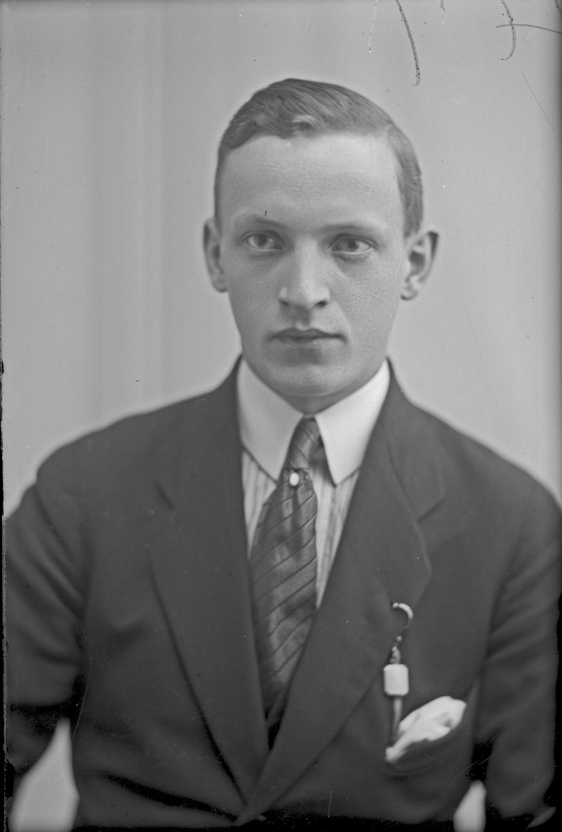 Portrett av Mortensen.