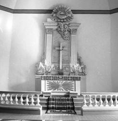 Stenkyrka socken. Stenkyrka kyrka. Altare. Efter restaurerin