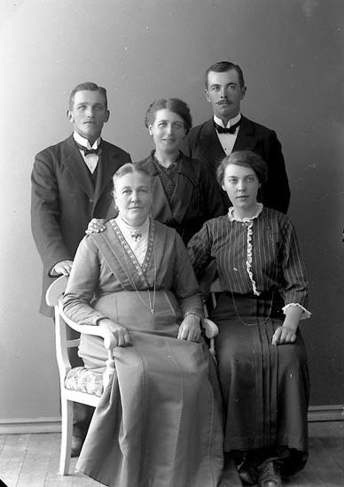 """Fotografens journal nr 2 1909-1915: """"Bengtsson A., Norrmannebo Romelanda""""."""