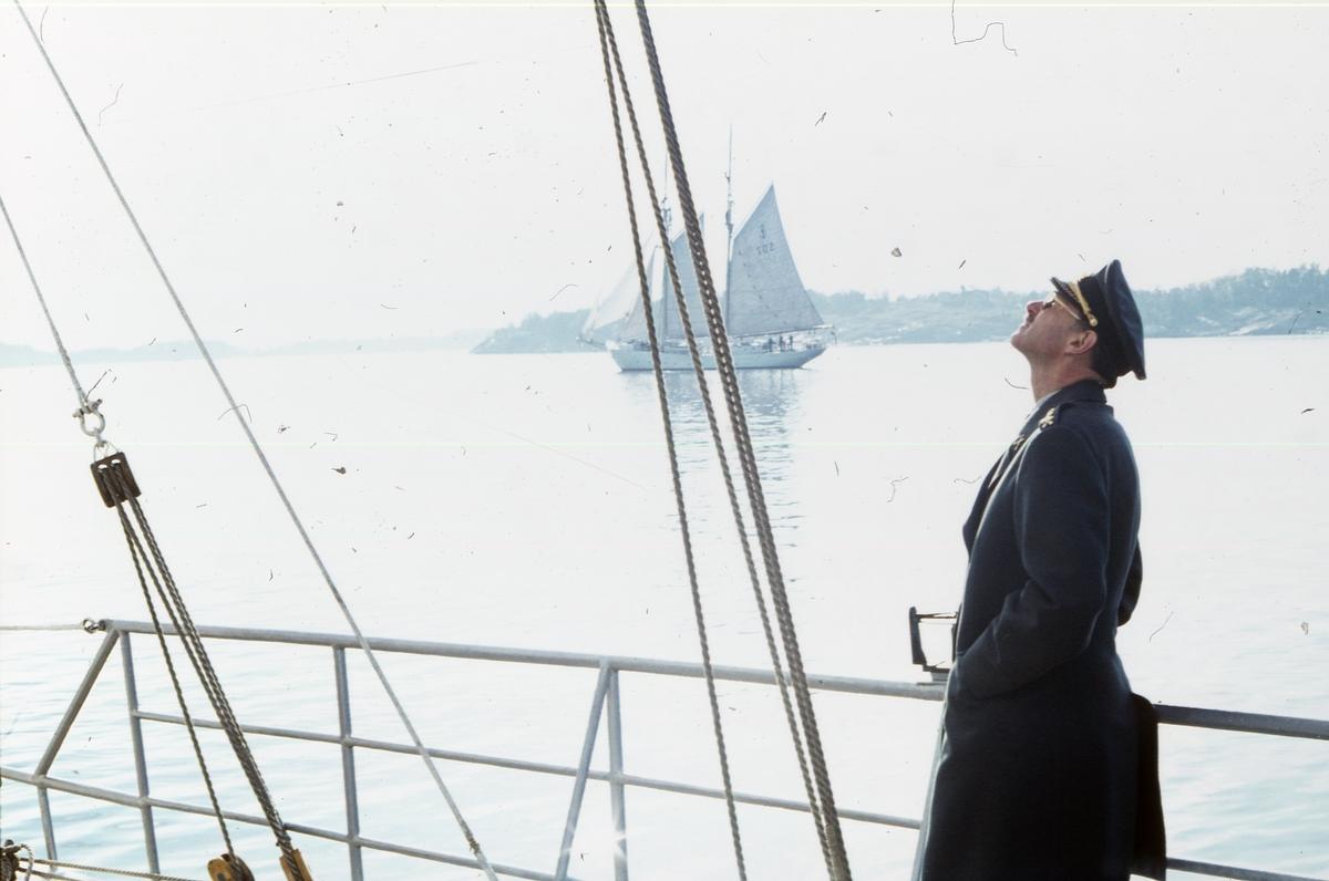 Kapten ombord på Gladan.