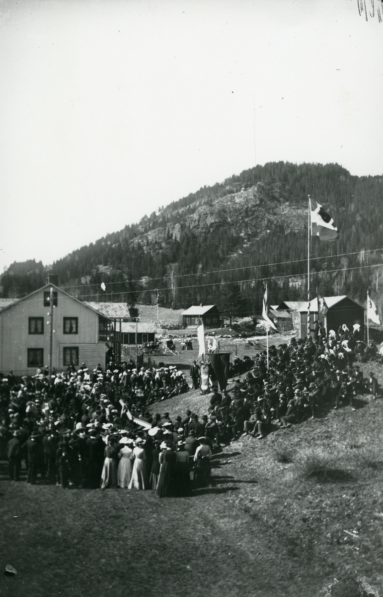 17. mai-feiring i 1905 på Leira, Nord-Aurdal