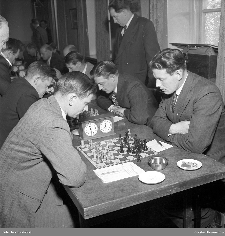 Hälsingland utklassade Medelpad i schackmatchen på Runan.