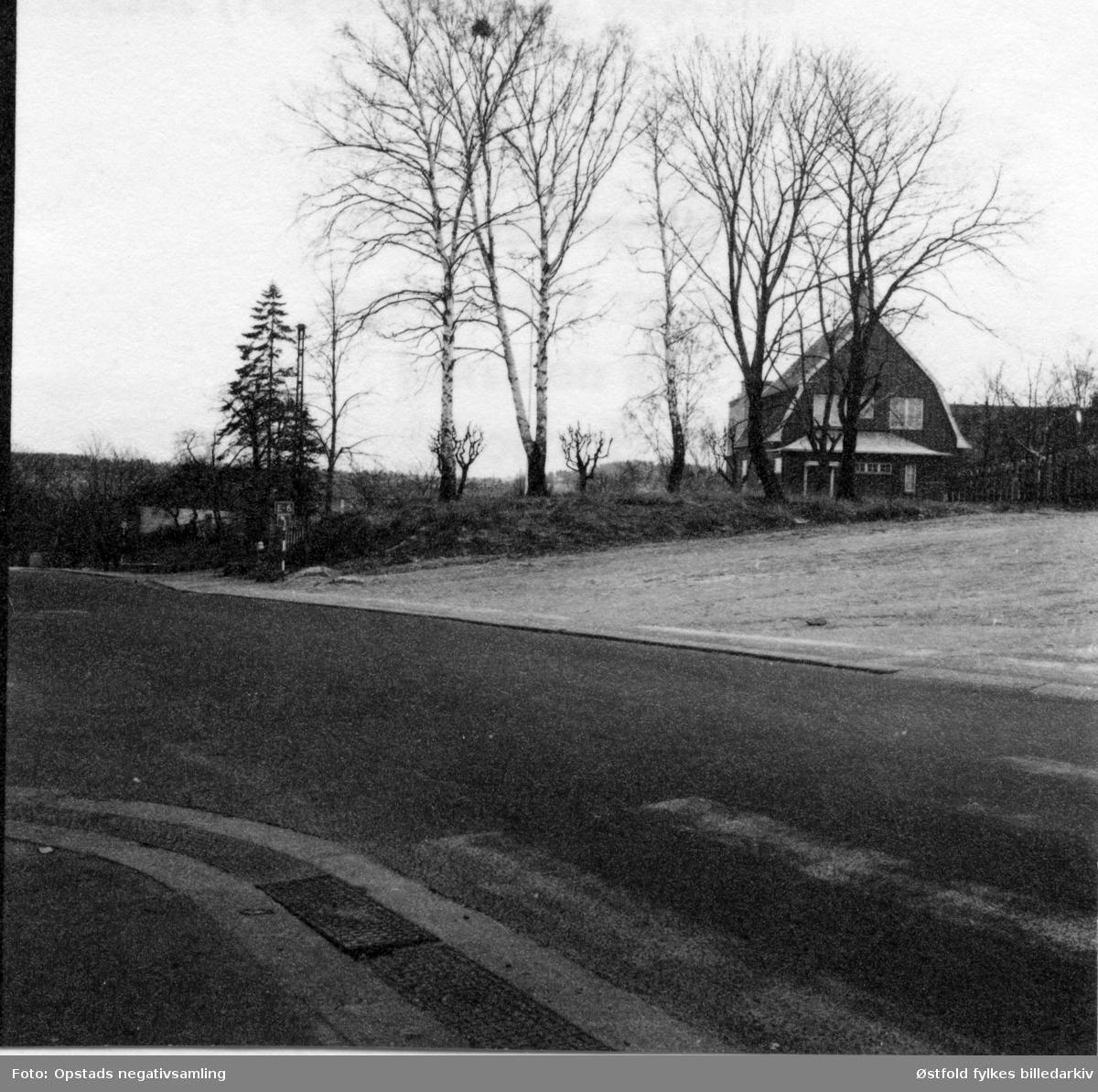 Olavsvollen mot St. Mariegate i Sarpsborg, fotografert 1960-årene.  i bakgrunnen Borregaardsveien 3.