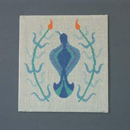 Bonad eller tavla med tvistsömsbroderi i lingarn på linneväv, uppspänt på kartong. Pris material med mönster 95:-.