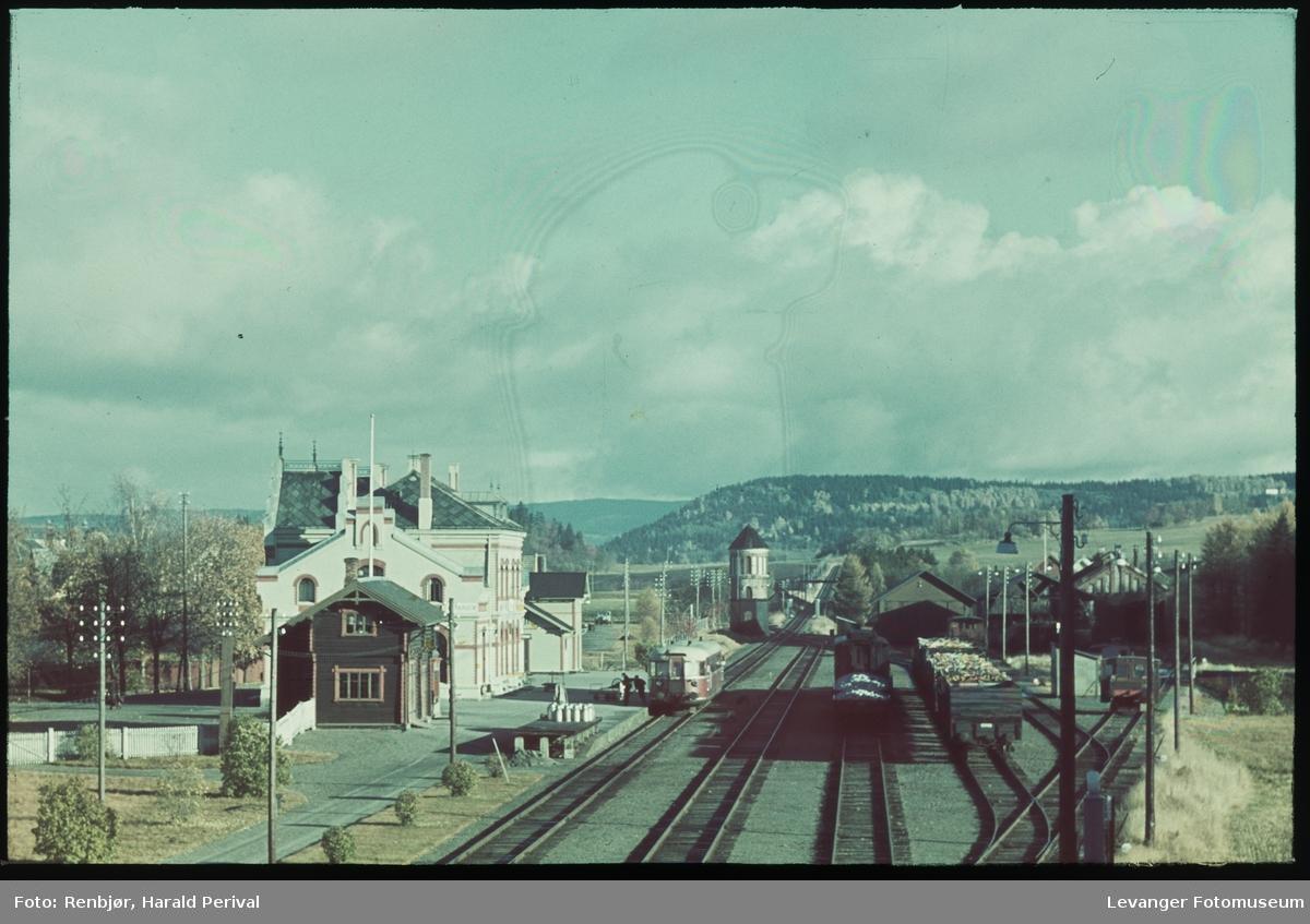 Fra Levanger jernbanestasjon. med motovogn type 86.