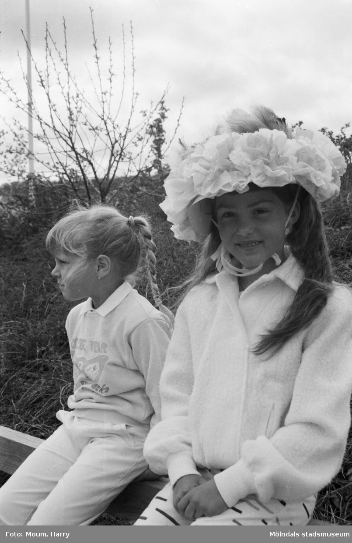 Skolans dag på Liveredsskolan i Kållered år, 1985.  För mer information om bilden se under tilläggsinformation.