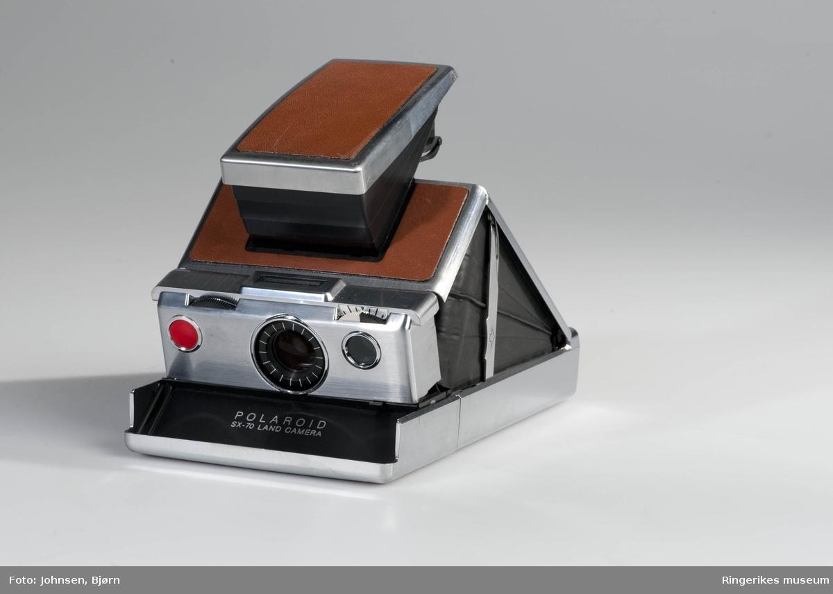 Polaroid SX70  1972