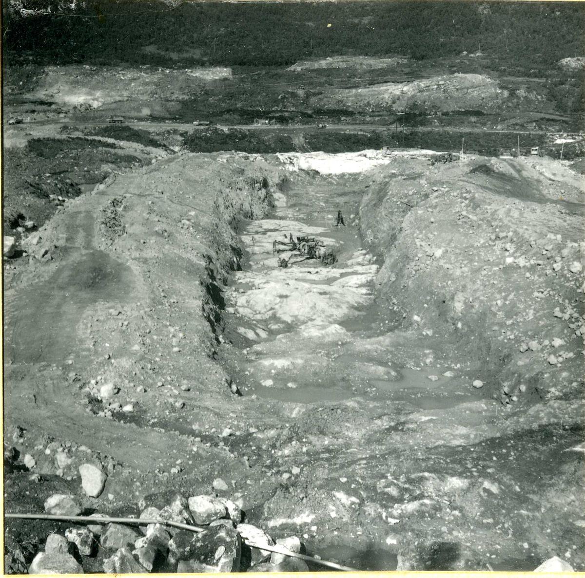 Dambygging,  Bitdal    2