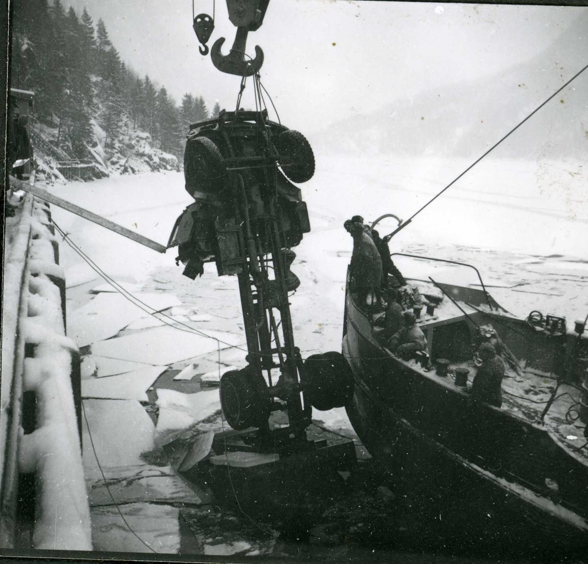 Dalen, lastebil i vannet, 18