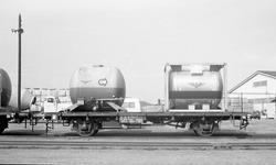 Plattformvogn litra Kbmp nr. 312 7742 med NSB-beholdere på S