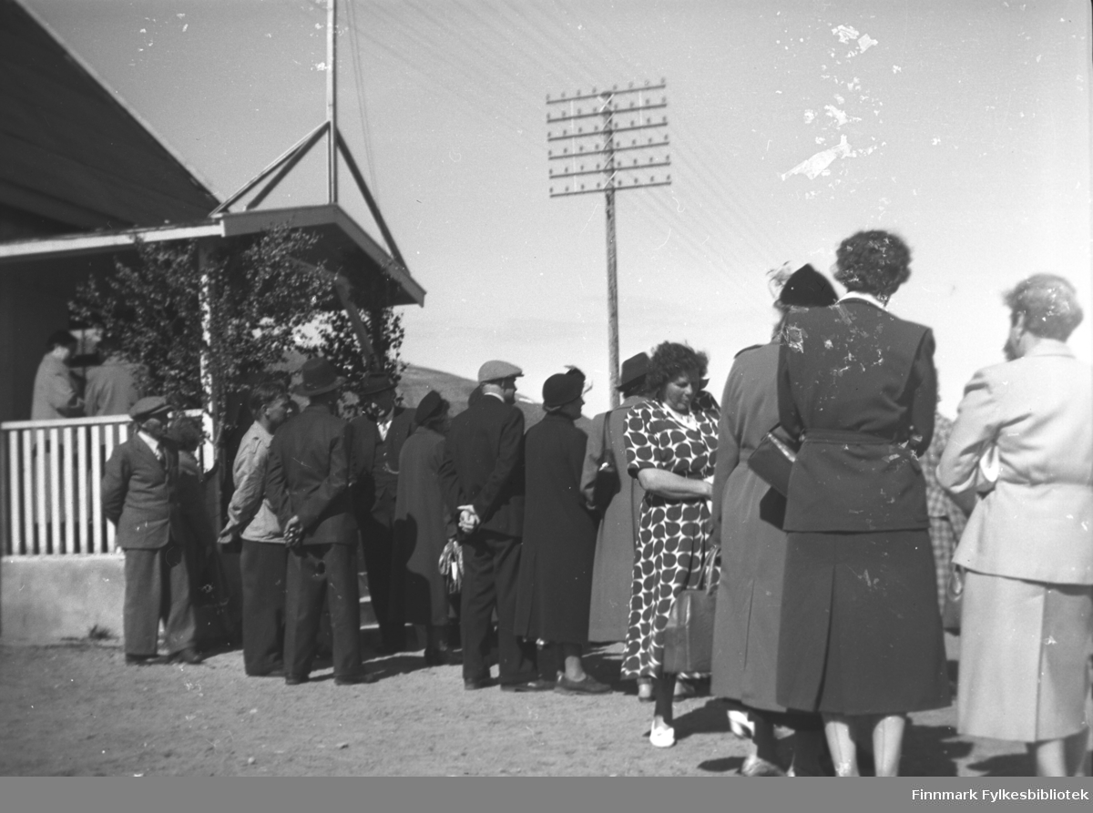 Med helselaget i Tana, 1953. På bildet bl.a. Lena Bull, fru Wikstrand og fru Hansen