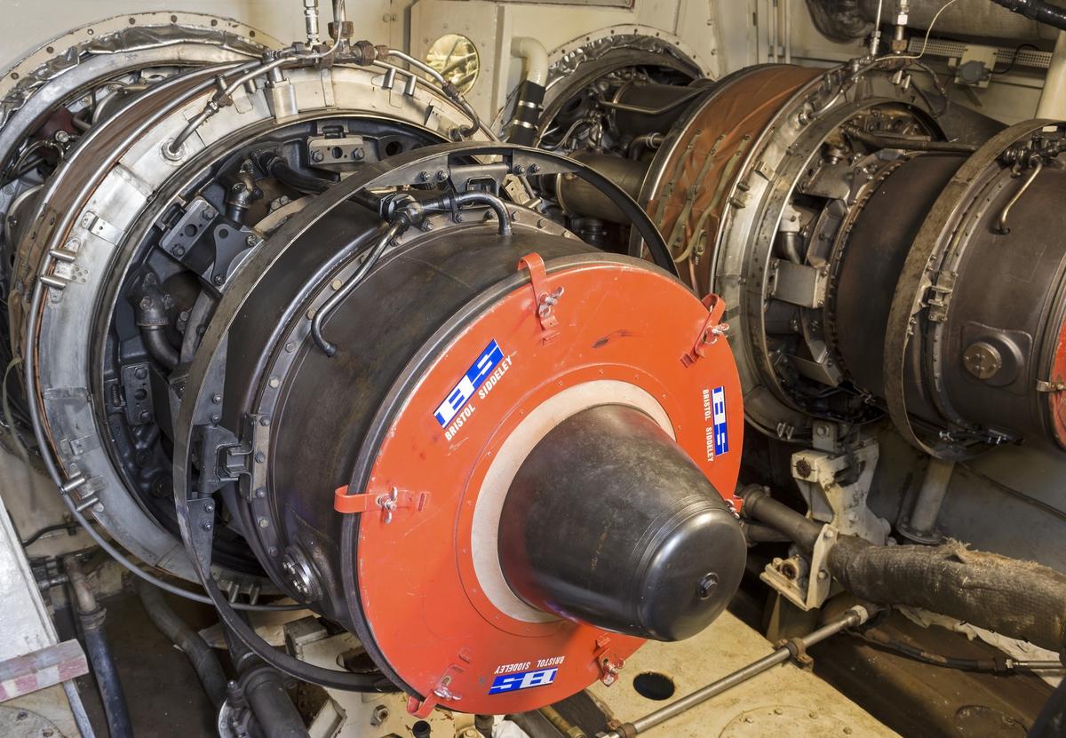 Rolls-Royce Proteus gasturbiner ombord robotbåten HMS VÄSTERVIK.