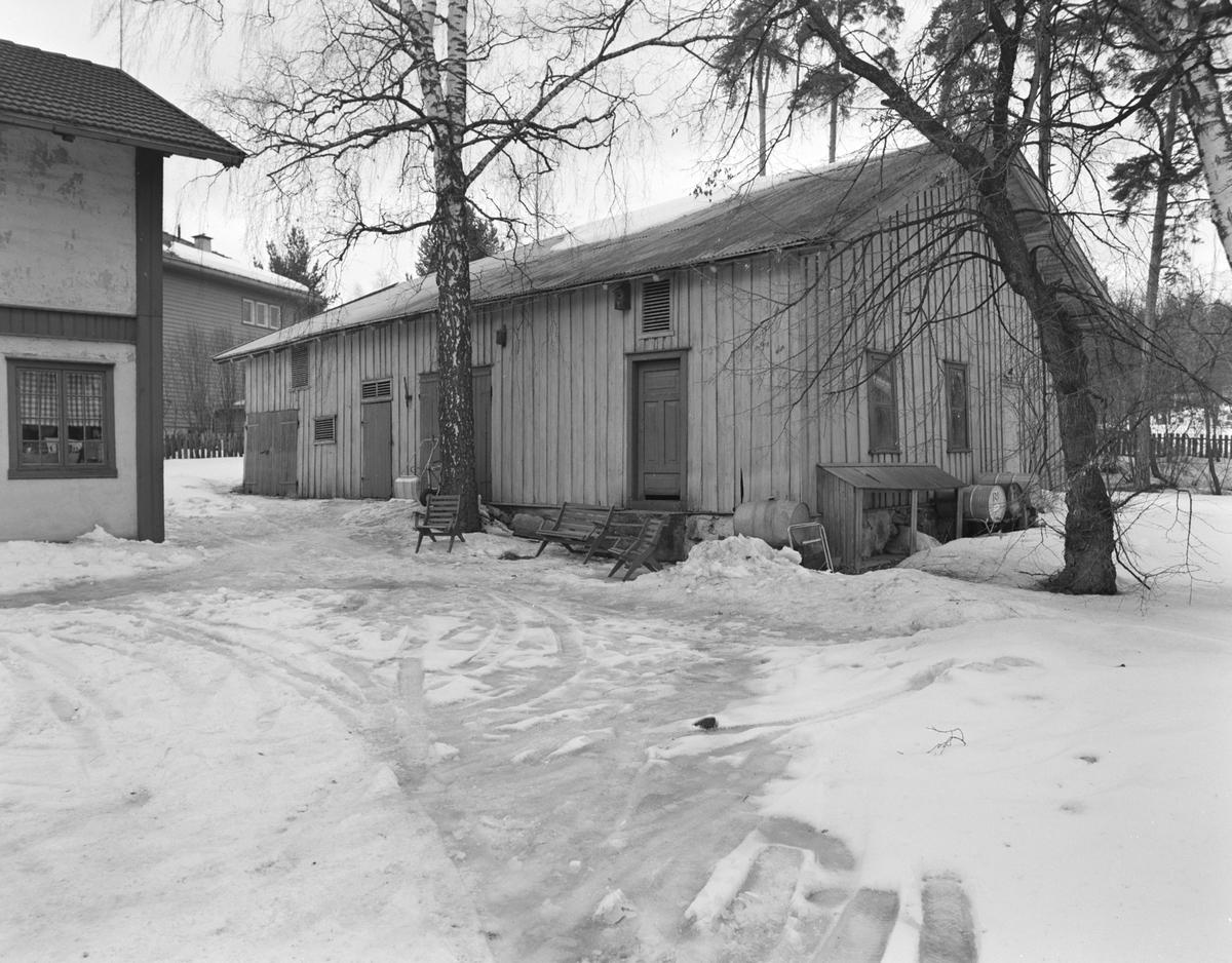 Furubakken, Furnesvegen uthus,Hamar, vinter.