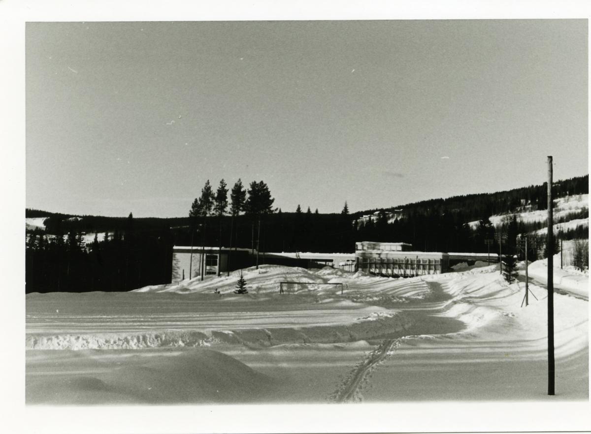 Hedalen nye skole, Sør-Aurdal i valdres. På bildet er skolen under oppføring.